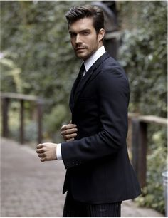 Peter Porte menswear business style, navy suit