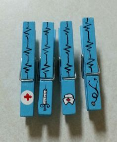 Nurses Gift Clothespin Magnets LiliesandPearls - Cute and Original Gifts for Nurses Nurses Week Gifts, Nurses Day, Teacher Gifts, Nurses Week Ideas, Craft Gifts, Diy Gifts, Nurse Crafts, Clothespin Magnets, Clothespins