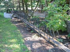 Ottawa Valley Garden Railway Society - Steel Through Truss Bridges Garden Railings, Railroad Industry, Ottawa Valley, Trains For Sale, Garden Railroad, Bridge Construction, Hobby Trains, Model Trains, Water Features