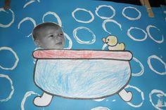 In bad! Foto van de kleuters als baby laten meebrengen en kopiëren om hun… Baby Motiv, Baby Toys, Getting Ready For Baby, Early Learning, Paper Art, Crafts For Kids, Babys, Children, Projects