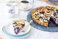 Herkullinen lakka-mustikkapiirakka - Pullahiiren leivontanurkka Pie, Ethnic Recipes, Desserts, Food, Torte, Tailgate Desserts, Cake, Deserts, Fruit Cakes