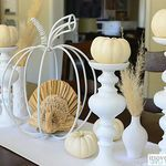 Thanksgiving Tablescape with Turkey Centerpiece and Pottery Barn Turkey Salad Plates