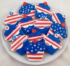 of july cookies galletas decoradas выпечка y пряник. Summer Cookies, Fancy Cookies, Cute Cookies, Holiday Cookies, Cupcake Cookies, Icing Cupcakes, Birthday Cookies, Frosting, 4th July Cupcakes
