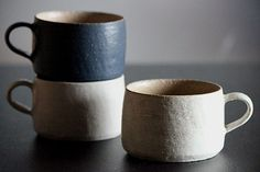 the modern pottery studio — springgreens: Yuichiro and Tomoko Suzuki Ceramic Tableware, Ceramic Cups, Ceramic Art, Japanese Ceramics, Japanese Pottery, Pottery Mugs, Ceramic Pottery, Slab Pottery, Thrown Pottery