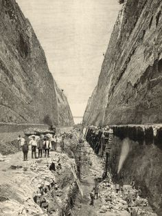 Construction of the Corinth Canal : Cutting the Path of the Canal Through Solid Rock Photographic Print at AllPosters.com