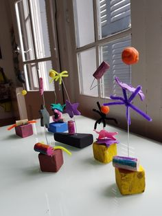 Feim escultures de joan miró art projects for school in 2019 пластилин. Art Therapy Projects, School Art Projects, Projects For Kids, Crafts For Kids, Kandinsky, Plastic Art, Learn Art, Recycled Art, Art Plastique