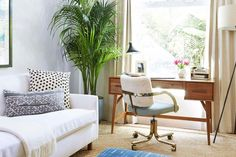 27 Ways to Create a Surprisingly Stylish Small Home Office