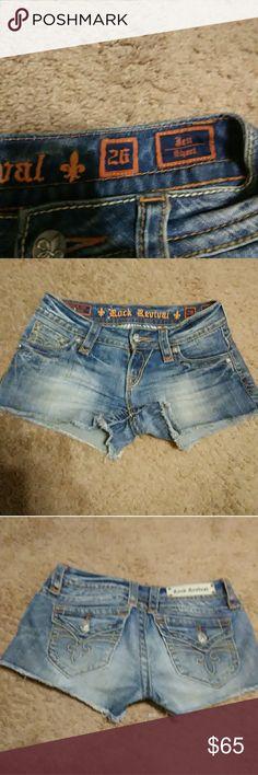 """EUC Rock Revival SZ 26 JEAN SHORTS""""** Kick Azz sz ,26 jesN shorts Jen Sporty stzxxxyle, syper comfy yet sexy flawless to a tee Rock Revival Shorts"""