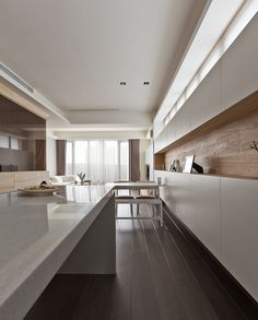 :: DETAILS :: PartiDesign Studio: Chang AN W. Rd. / 長安西路 by Hey via Behance. Lovely use of white oak & whitet #details