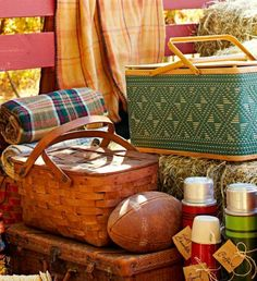 Pack the Perfect Fall Picnic - MidwestLiving.com
