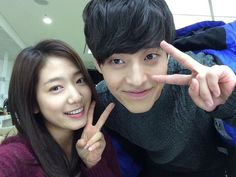 """BEHIND THE SCENES, """"HEIRS"""" CAST BEAM WITH POSITIVE ENERGY"""
