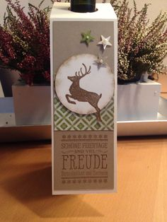 wine bottle tag critters deer leaping deer #deer Stampin up, Flaschenanhänger , Weihnachten Wine Bottle Tags, Wine Bottle Covers, Wine Tags, Wine Bottle Crafts, Christmas Craft Fair, Christmas Paper Crafts, Christmas Tag, Deer Tags, Craft Show Ideas