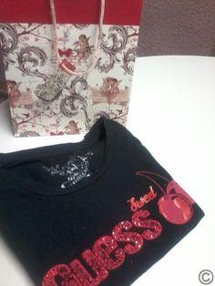 Original GUESS Shirt - Cherry - Gr. XS in Geschenketasche ♥ wie neu, bestens erhalten www.angel-bazar.de