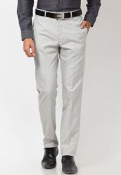 Trendy as well as extremely comfortable, this pair of light grey coloured trousers by Arrow New York is an excellent investment this season. Made from breathable cotton, these trousers will keep you fresh the entire day. Wear these formal trousers with a white shirt and black dress shoes to complete your corporate look.