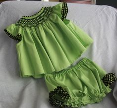 Smocked dresses baby girl Smocked cotton dress for newborn to 3 months.  Hand smocked and emboidered.  Smocked baby dress by GammysGoodys on Etsy https://www.etsy.com/listing/226008510/smocked-dresses-baby-girl-smocked-cotton