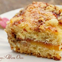 Ina Garten& Fresh Peach Cake has fresh peaches, cinnamon and nuts in a soft, moist sour cream cake. Nutella Brownies, Peach Cake Recipes, Dessert Recipes, Sweet Recipes, Blueberry Recipes, Dip Recipes, Fruit Recipes, Muffin Recipes, Mary Berry