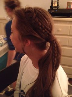 Lace braid up do