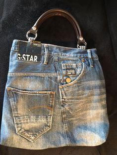 c0428499ff Blue Jean Purses, Denim Crafts, Diy Handbag, Denim Ideas, Bolsas Jeans,  Recycle Jeans, Recycled Denim, Couture Sewing, Denim Bag