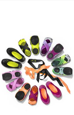Lusting over the whole spring Nike studio wrap collection Nike Studio Wrap, Yoga Shoes, Nike Shoes, Barre Shoes, Running Shoes, Nike Running, Sport Fashion, Fitness Fashion, Fashion Fashion