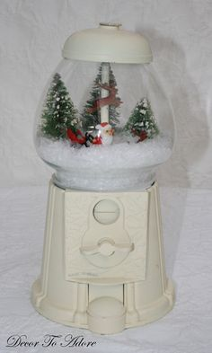 I do believe this looks like an old gum ball machine, painted to create this wonderful holiday decoration. Winter Christmas, All Things Christmas, Vintage Christmas, Christmas Holidays, Christmas Decorations, Christmas Ornaments, Christmas Scenes, Christmas Projects, Holiday Crafts