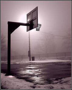 Basketball | A basketball hoop with the light behind it at t… | Flickr