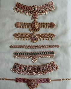 Antique Jewellery Designs, Fancy Jewellery, Gold Jewellery Design, Temple Jewellery, Fashion Jewellery, Jewelry Design Earrings, Necklace Designs, Hoop Earrings, Gold Jewelry Simple