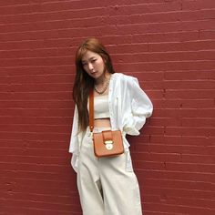 South Korean Girls, Korean Girl Groups, Seulgi Instagram, Kang Seulgi, Red Velvet Seulgi, How To Pose, Daegu, Mamamoo, Kpop Girls
