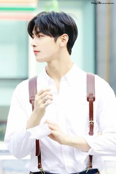 Cha Eun Woo, Asian Actors, Korean Actors, Anthony Smith, Cha Eunwoo Astro, Lee Dong Min, Kdrama Actors, Korean Celebrities, Celebrity Photos