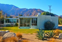 midcentury modern homes | ... all kinds of Mid Century Modern. Take a look at these nifty homes