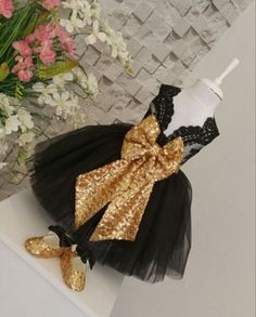 78.00$  Buy now - http://aliek0.shopchina.info/go.php?t=32806061873 - Sleeveless Black flower girl dresses with Gold Bow Baby Birthday Party Dress glitz pageant dresses ball gowns for Kids Evening  #magazineonline