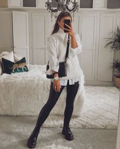 Sweater Vest Outfit, Vest Outfits, Mode Outfits, Cute Casual Outfits, Oversized Shirt Outfit, Leggings Outfit Winter, Oversized White Shirt, Winter Fashion Outfits, Look Fashion