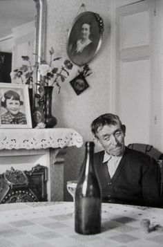HENRI CARTIER-BRESSON - In Champagne