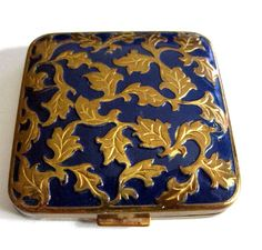 Vintage Powder Compact Blue Enamel Goldtone Leaf Pattern