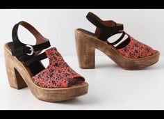 Cute Clogs That Will Take You From Summer Into Fall (PHOTOS)