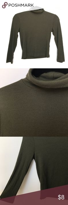 Cropped Army Green Ribbed Long Sleeve Turtleneck ribbed long sleeve cropped shirt from forever 21. NWOT! in amazing condition. turtleneck too. Tops Crop Tops