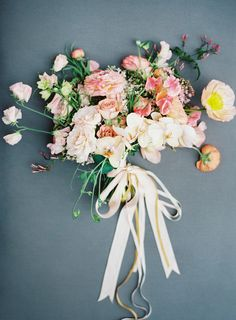 Nicolette Camille Floral Bouquet | Vicki Grafton Photography | Spring Bouquet | Coral, Blush