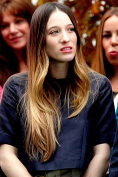 Sophie Lowe with light-reflecting tips - Dip Dye Hair | InStyle UK