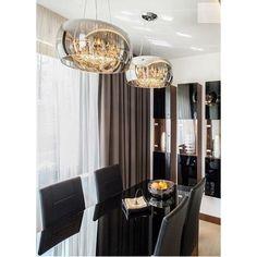 Moonlight lámpák modern otthonokba! különleges látványt nyújtanak, hiszen nappali fényben elegáns króm felületüket mutatják, a felkapcsolt izzók azonban átvilágítják a búrát és a rengeteg függesztett kristály káprázatos látványt kölcsönöz! Tökéletes! #design #modernhome #homedecor #lighting Black And White Interior, Interior Design Living Room, Chandelier, Ceiling Lights, Curtains, Lighting, Living Rooms, Home Decor, White Interiors
