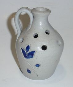 Vintage Williamsburg Pottery Jug Shaped Flower Frog Vase Blue Salt Glaze Design