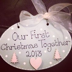 Out first christmas plaque available from twinkle twit crafts Christmas Projects, Christmas Ideas, Christmas Decorations, Wooden Crafts, Diy Crafts, Christmas Plaques, Company Ideas, Wooden Boards, Decoration Crafts