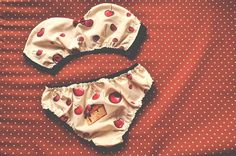 Extra cute Cherry Set for the curvalicious ladies and their gentlemen. Enjoy your quality time seasoned with this deliciously tempting cherry lingerie set of strapless top and panties.  I love playing with materials, so the top features see-through back part - a great chance to show off your sexy silhoutte ;-) The panties are super comfortable, soft and so cheeky that youll just fall in love with them! Sweeten up your days & nights with Betti Bones lingerie ♡  ♀Materials The set is made o...