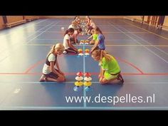 Speed Stack in de gymles! Summer Camp Activities, Pe Activities, Fun Games For Kids, Indoor Activities For Kids, Activity Games, Physical Education Activities, Elementary Physical Education, Elementary Pe, Youth Games