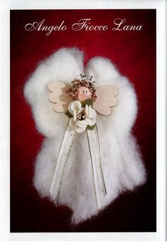 http://beautifulknit.blogspot.com/2011/12/christmas-felt-crafts-making-angel.html