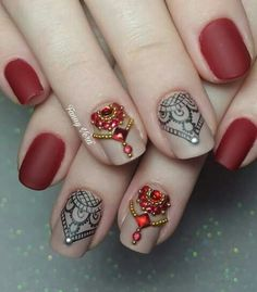 Imágenes de diseños de uñas para el 2017 ❤❤❤ diferentes modelos de uñas, colores, muchos estilos de uñas y accesorios para que veas lo versátiles que son. Best Nail Art Designs, Beautiful Nail Designs, Beautiful Nail Art, Gorgeous Nails, Pretty Nails, Lace Nails, Red Nails, Hair And Nails, Girls Nails