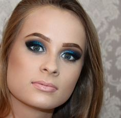 Maquiadora de Sucesso: O curso de maquiagem da Bia