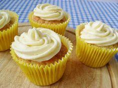 Amaretto sour cupcakes