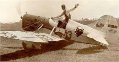 Gee Bee Model D 'Speedster' with pilot Bob Hall