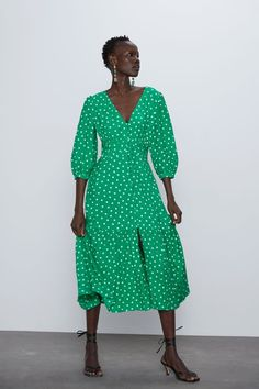 Kate Middleton looked stunning in a green polka-dot Suzannah dress during the royal tour of Ireland, and you can get your hands on a great high-street dupe for just from Zara. Vestidos Zara, Zara Dresses, Zara Women, Dot Dress, Green Dress, Wrap Dress, Polka Dots, Outfits, Fashion Clothes