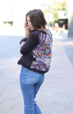 Orchid Grey // Austin Ease feat. a patterned jacket from @LuLu*s and #vintage #levis
