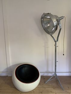 Grosser Scheinwerfer Desk Lamp, Table Lamp, Lighting, Home Decor, Ad Home, Table Lamps, Decoration Home, Room Decor, Lights